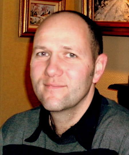 À Yvetot Trois Blessés Après La Chute D Un Balcon: Sylvain TIERCE, 47 Ans (YVETOT, BARENTIN)