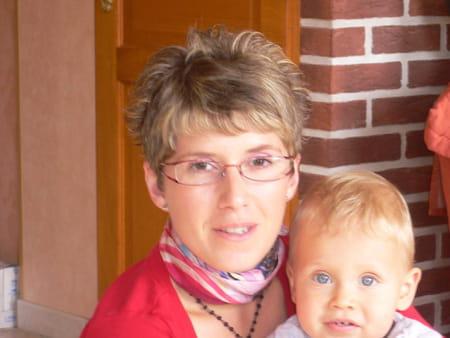 Geraldine lecreq michel 38 ans behencourt avesnes le - Prenom geraldine ...