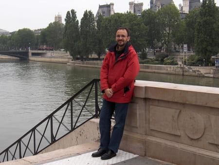 Pierre gagneux 52 ans clermont ferrand copains d 39 avant - Bassin pierre reconstituee clermont ferrand ...