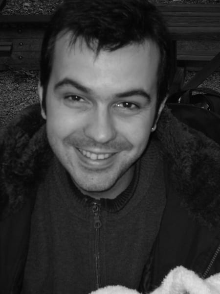 Franck godard ses profils sociaux for Dujardin grange