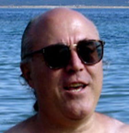Yves herv dujardin 63 ans pierrevert paris copains for Dujardin herve