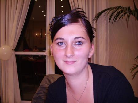 Gaelle bordrez 32 ans crepy en valois compiegne for Salon 2000 compiegne