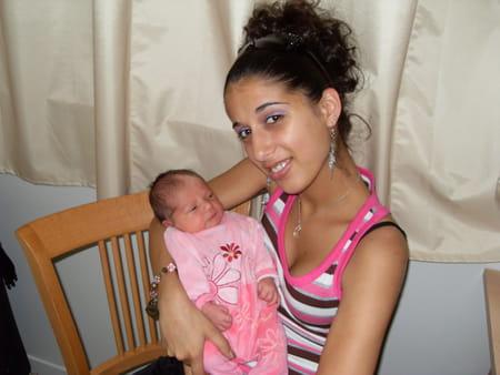 Charlene GUERIN, 30 ans (EVREUX) - Copains d avant b9a5a0dc667