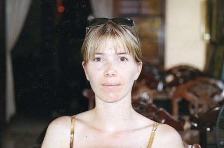 Delphine roques ses profils sociaux for Delphine bataille
