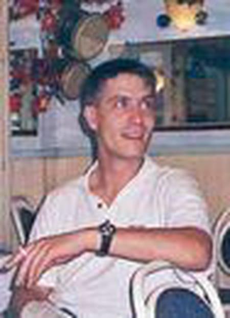 sebastien leborgne 45 ans paris montrouge saint gildas de rhuys copains d 39 avant. Black Bedroom Furniture Sets. Home Design Ideas