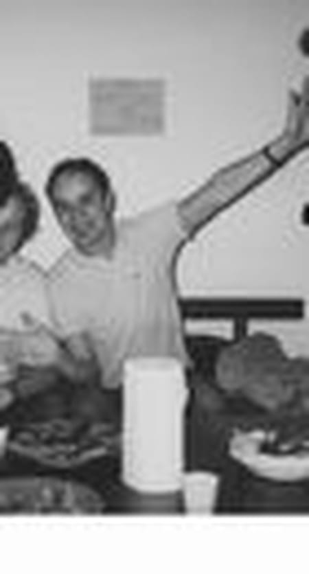 Karim djebar maubeuge compiegne copains d 39 avant for Salon 2000 compiegne