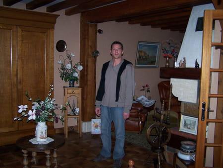 pascal pichaud 46 ans petit couronne le sauze rouen copains d 39 avant. Black Bedroom Furniture Sets. Home Design Ideas