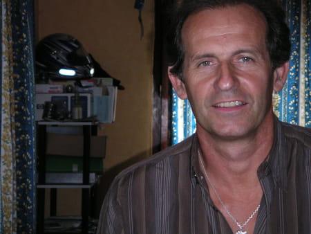 Thierry micollet 54 ans vienne vaulx en velin morhange copains d 39 avant - Francois l embrouille garagiste ...