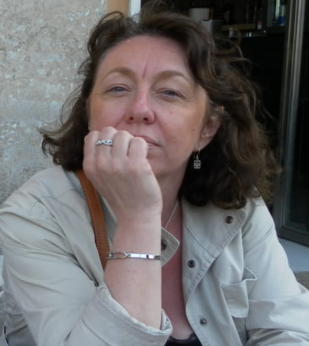 À Yvetot Trois Blessés Après La Chute D Un Balcon: Isabelle FRAQUET (VANPARYS), 54 Ans (YVETOT, BELBEUF