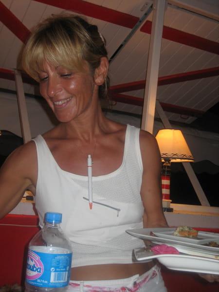 Stephanie fernandez 50 ans saint fran ois avrainville copains d 39 avant - Buffalo grill avrainville ...