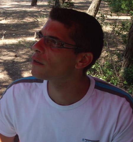 Paul spinosa 42 ans frontignan vic la gardiole for Entretien jardin frontignan