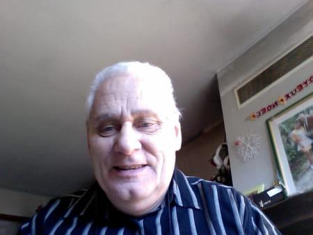bernard joindot 69 ans la ferte saint aubin orleans copains d 39 avant. Black Bedroom Furniture Sets. Home Design Ideas