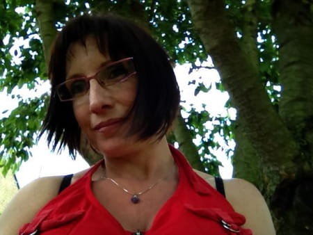 Mariana dhaussy 49 ans briastre iwuy valenciennes for Lariviere valenciennes