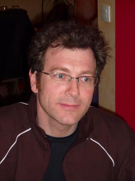 Jean philippe menou 51 ans tours copains d 39 avant for Dhl salon de provence