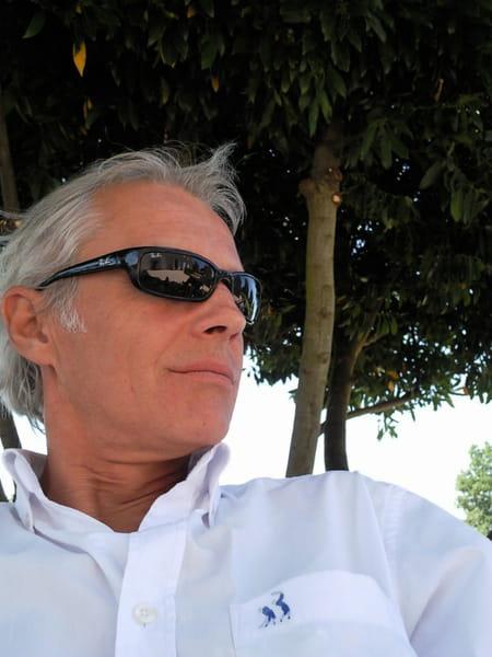 Christophe coquard marseille copains d 39 avant for Christophe theilmann architecte