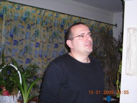 Eric mazzara 48 ans la seyne sur mer toulon copains for Garage citroen la seyne sur mer