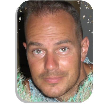 Arnaud l p 41 ans faverges ugine copains d 39 avant for Centre atlantis ugine