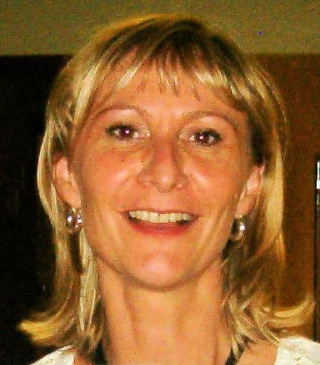 Marie dominique nicola 50 ans salon de provence - Marie salon de provence ...