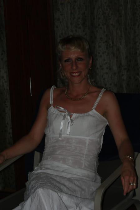 delphine bourdeloux neveux 39 ans tours chalons en champagne copains d 39 avant. Black Bedroom Furniture Sets. Home Design Ideas