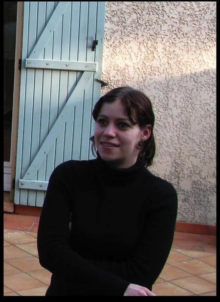 Amandine fille 32 ans salon de provence pelissanne - Lycee craponne salon ...
