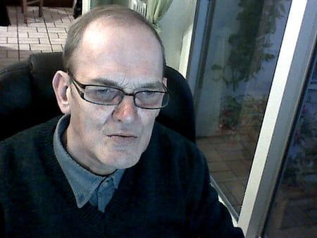 Pierre leblanc 69 ans guarbecque aire sur la lys arzon for Azureva arzon