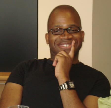 Mario ayivi 38 ans creteil roissy aeroport ch de gau for C bureautique mende