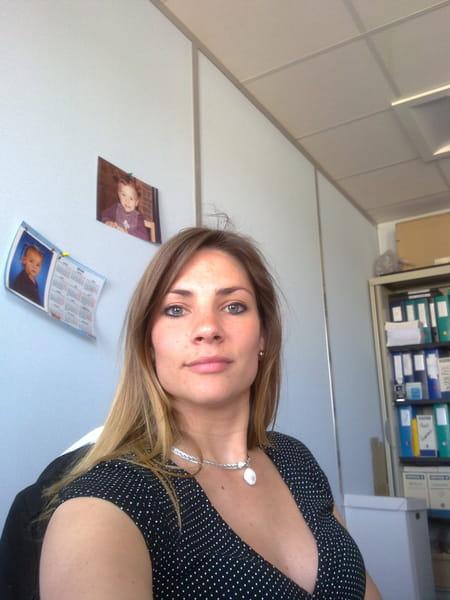 Elodie MALLET, 33 ans (SAINT REMY DE LA VANNE, NOISIEL  ~ Banque Populaire Rives De Paris Sainte Genevieve Des Bois