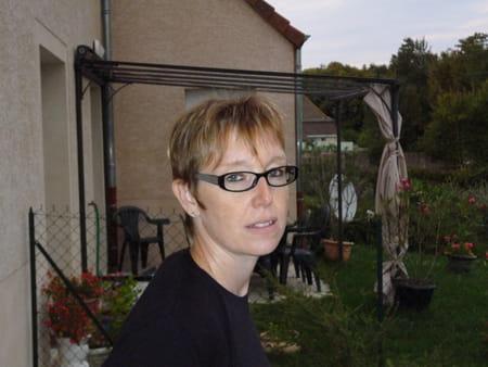Christine mongouachon 42 ans decize saint desert for Piscine provence polyester pouilly en auxois