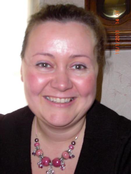 Sandrine lejault 42 ans bourges copains d 39 avant for Jardin gourmand bourges
