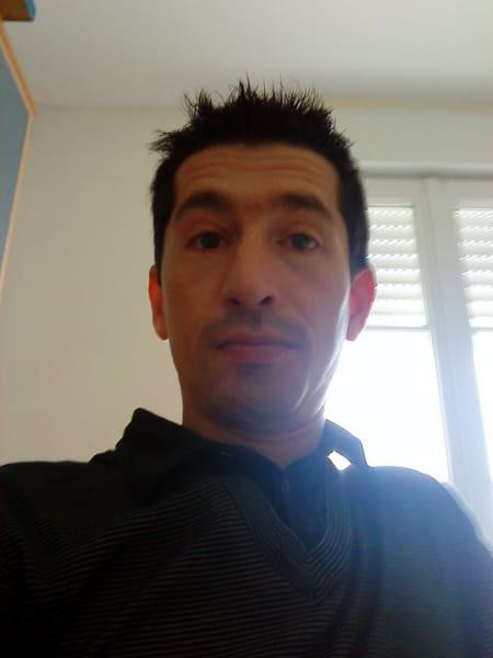 Stanislas bonnard 47 ans chateau gontier copains d 39 avant - Prenom stanislas ...