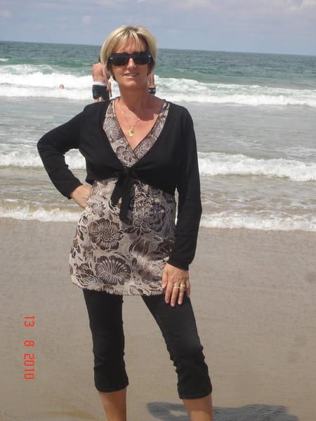 Patricia midelet voiselle 53 ans pelissanne port de bouc salon de provence copains d 39 avant - Patricia fernandez port de bouc ...