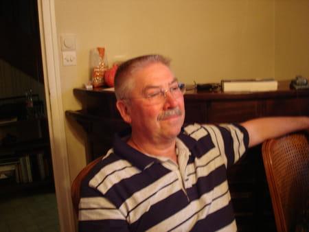 Gerard teulon 68 ans matignon sarcelles saint ouen l for Garage gresillons saint ouen l aumone avis