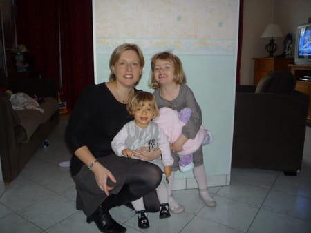 Sophie gaudet 40 ans compiegne amiens copains d 39 avant for Salon 2000 compiegne