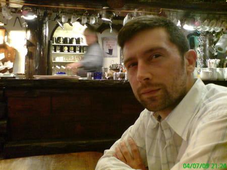 Benjamin dayras 39 ans compiegne dreslincourt amiens for Salon 2000 compiegne