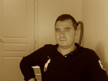 mathieu waroquet 32 ans conde sur escaut valenciennes. Black Bedroom Furniture Sets. Home Design Ideas