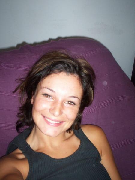 Julie lemonnier 34 ans montpellier rainvillers for Domon france