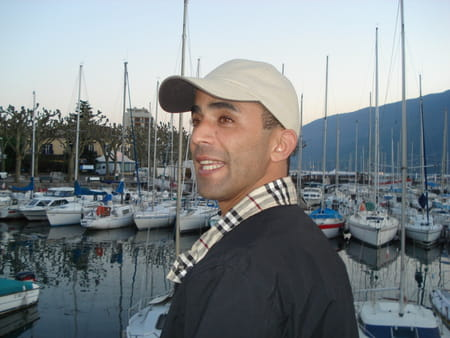 Ali Mebarki Ali MEBARKI 46 ans LYON Copains davant