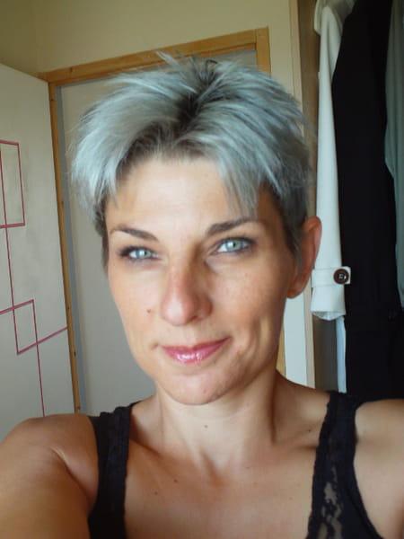 Isabelle Simon Tacconi 45 Ans Vergeze Montpellier Copains D Avant