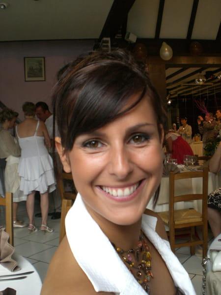 Elodie lariviere 33 ans londres somain copains d 39 avant for Lariviere valenciennes