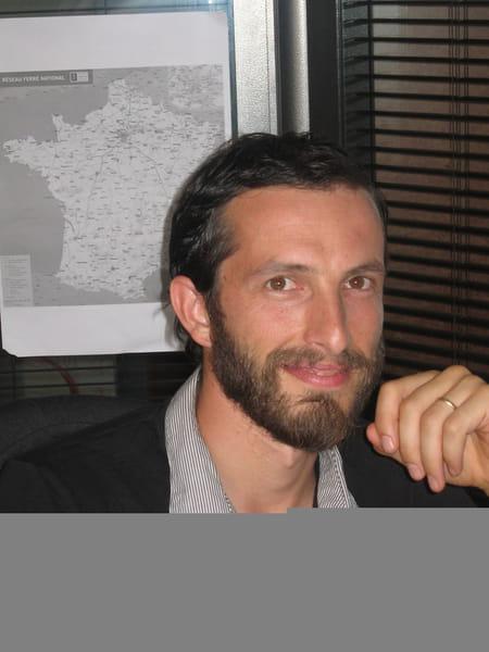 Pierre cateland 41 ans fontenay sous bois antony paris copains d 39 avant - Julien lacroix tennis de table ...