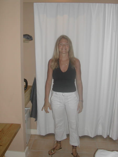 Anne laure seurat jacotot 37 ans punaauia remilly sur for Remilly sur tille