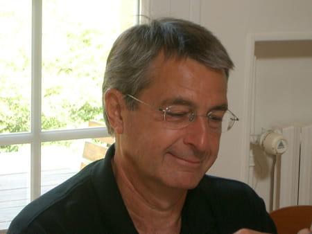 Bertrand leroux 62 ans saint remy l 39 honore mantes la for Bertrand remy