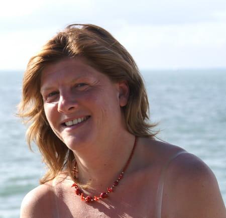 Isabelle SAMSON 52 Ans (NANTERRE SAINT GERMAIN EN LAYE) - Copains Du0026#39;avant