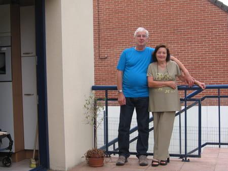 Claudette thomas denoyer 78 ans huelgoat copains d for A thomas cousins salon