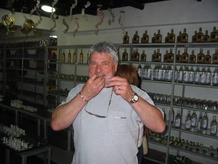 raymond michelotti 64 ans martigues port de bouc copains d avant