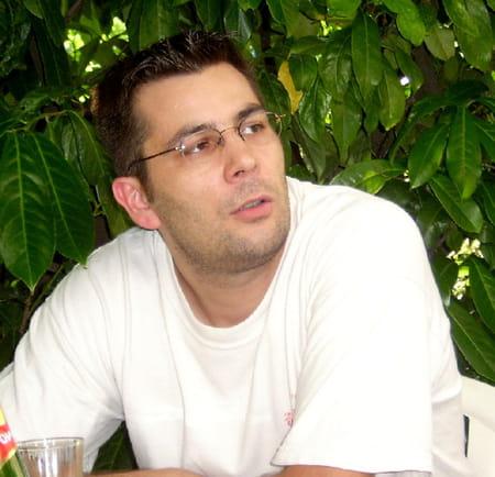 Franck pommier 46 ans remilly sur tille dijon for Remilly sur tille