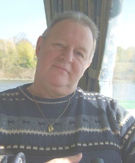 Daniel balland 66 ans villeneuve d 39 ascq lille roubaix for Garage peugeot orchies